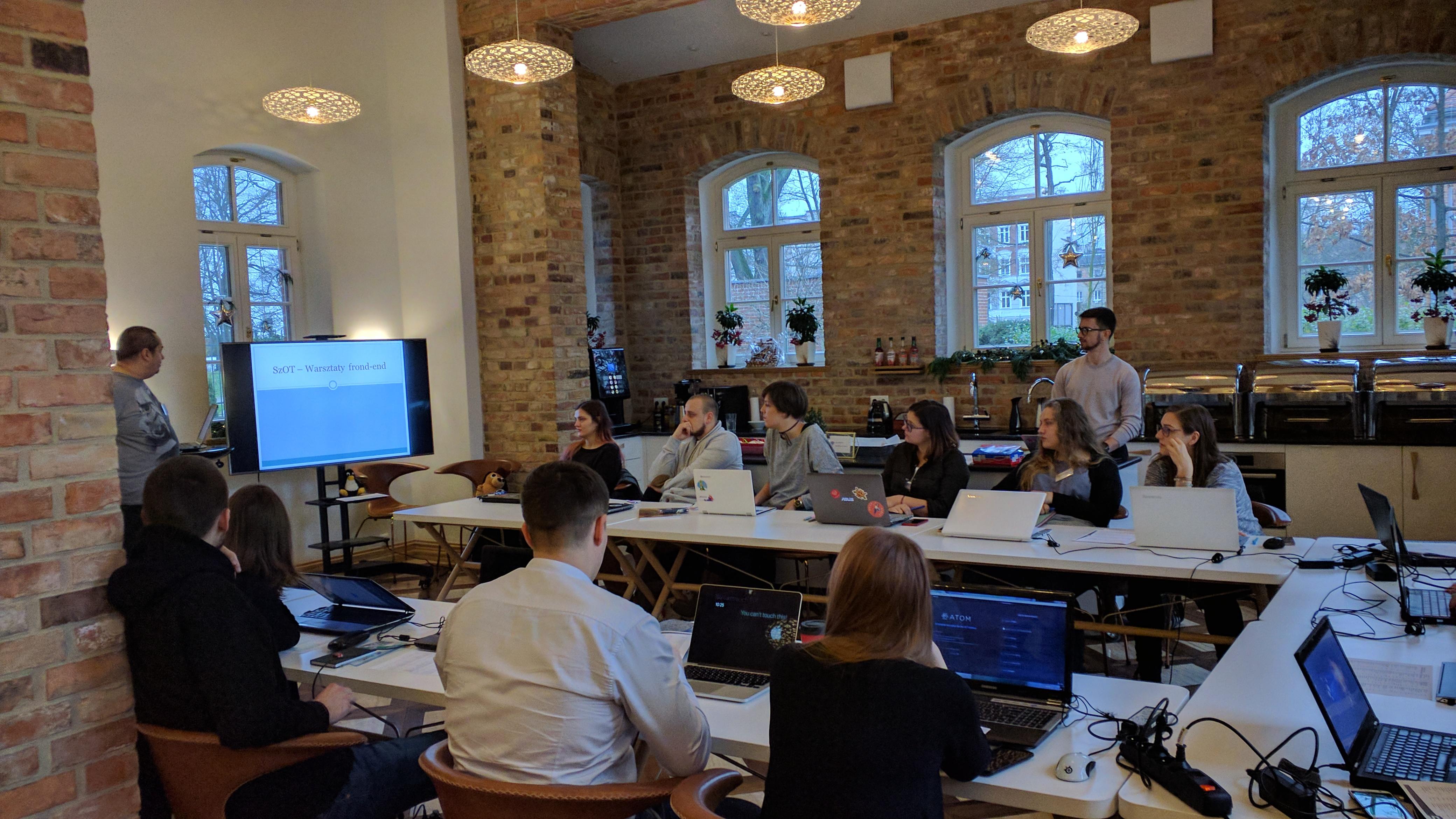 Pierwsze spotkanie – HTML i CSS